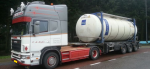 Tankcontainer transport